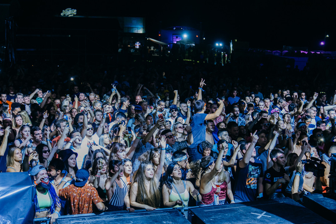 crowd--addiko-main-stage-powered-by-turi