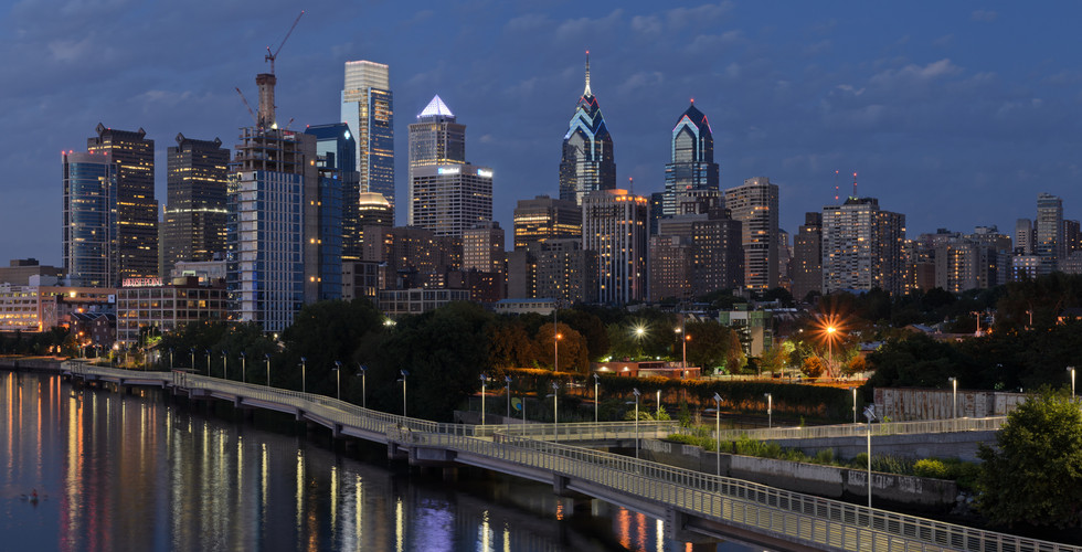 Philadelphia_from_South_Street_Bridge_Ju