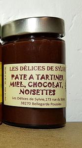 Pâte à tartiner au miel chocolat et noisettes