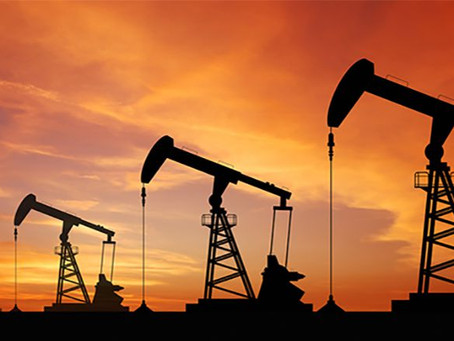 Oil Prices Fall on Rising US Dollar, Expectations for Supply Gains