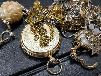 מכירת תשיטי זהב