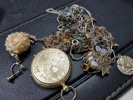 קונים תכשיטים משומשים