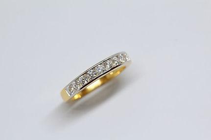 מי קונה יהלומים