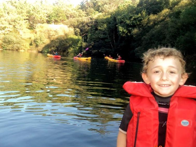 Navegamos en kayak editado.jpg