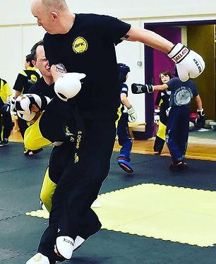 beginners kickboxing basingstoke