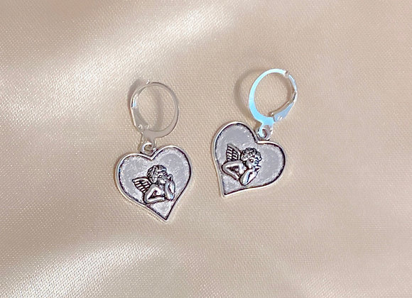 Silver Cherub Heart Huggies
