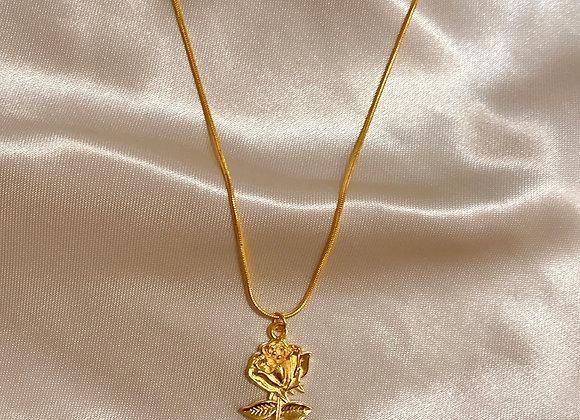 Gold Rose Neklace