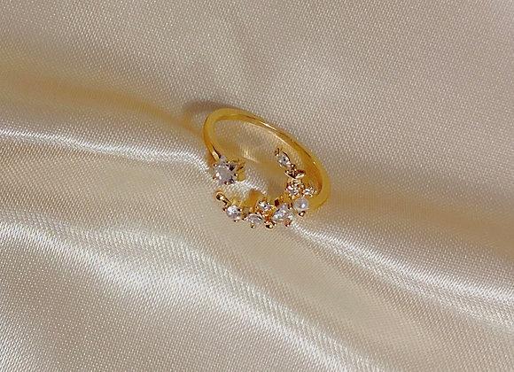 Dainty Moon Ring
