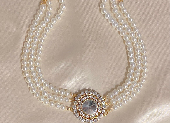 Victoria Pearl Necklace