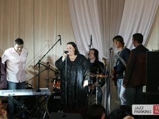 Mariam &  Armen & Jazz Parking at Politica