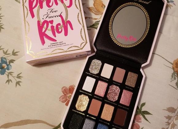 Too Faced - Paleta Pretty Rich