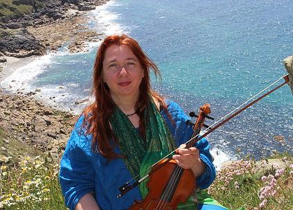 Musiktherapeutin und Ausbilderin Klangtherapie Claudia Hoffmann