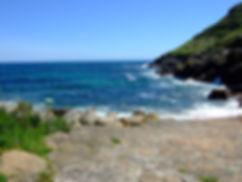 Meditation an Kraftort in Cornwall