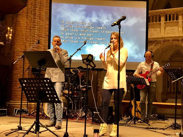 Ted Nuhaan Zanger - Sytian Sings