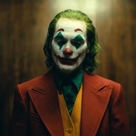 Joker(Review)(Halloween #4)[Terrifying Theatrical Tuesday]
