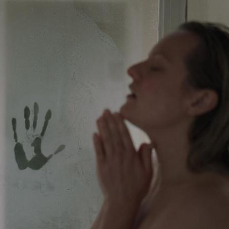 The Invisible Man(2020)((Review)[Weirdo Wednesdays]