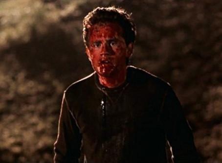Cabin Fever(2002)(Review)(Splattery September #2)[Terrifying Theatrical Tuesday]