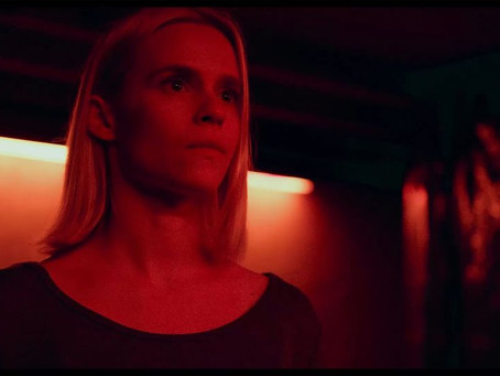 What Lies Below(Review)[Terrifying Theatrical Tuesday]