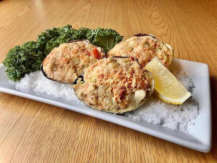 Seafood Stuffed Shells (price per piece)