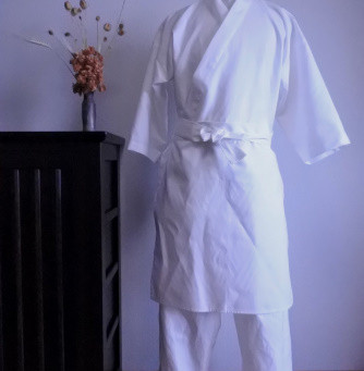 鮨場まる様白作務衣