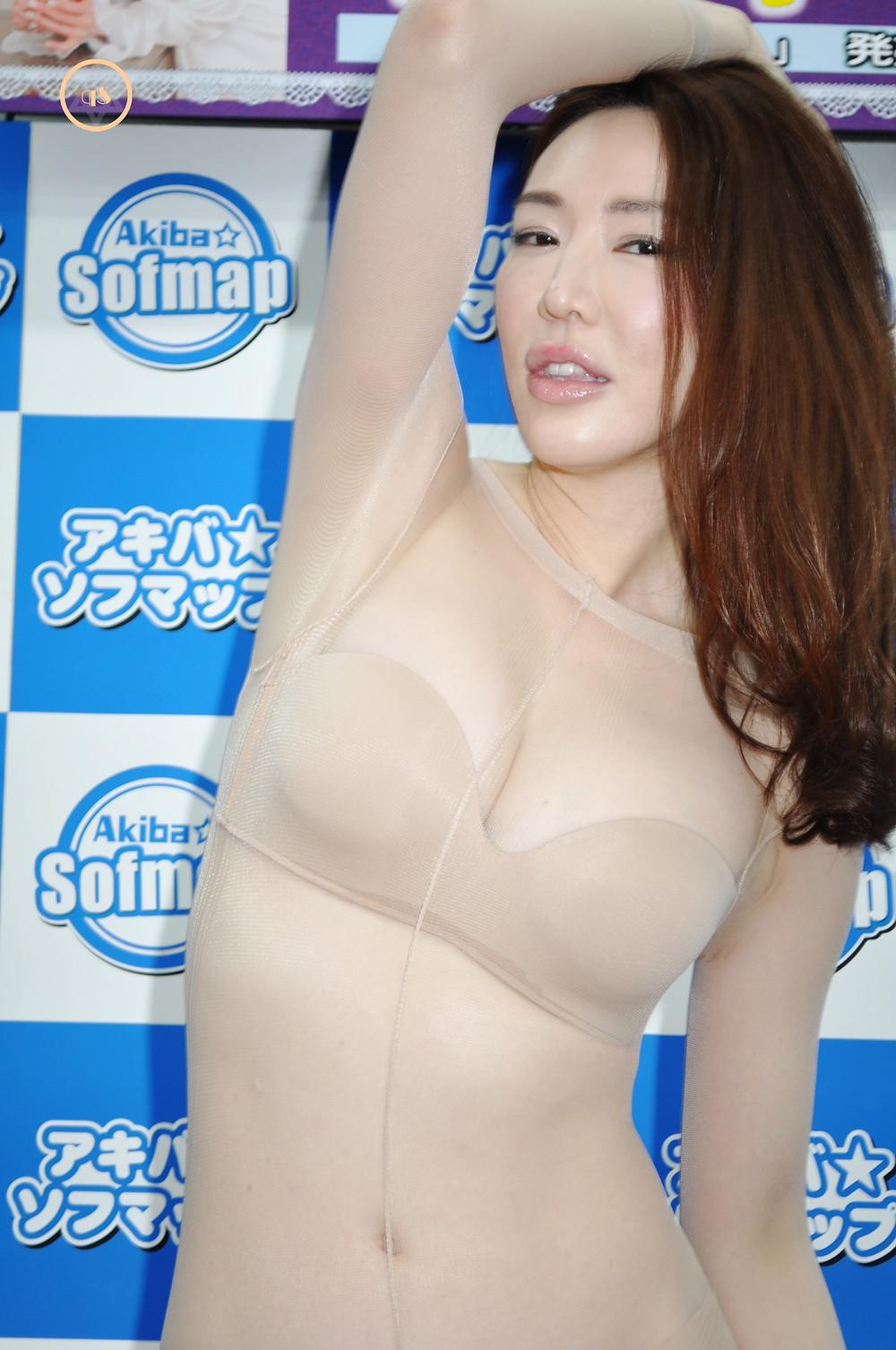 美魔女・美熟女岩本和子『開放区/REAL』DVD・BD発売記念イベント (1)