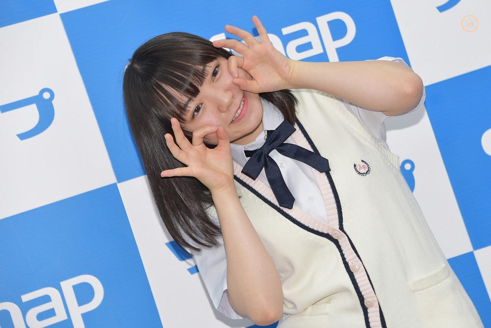女子高生JKグラドル見上瑠那『るんるんるなぴ~/EIC-BOOK』DVD発売記念イベント (1)