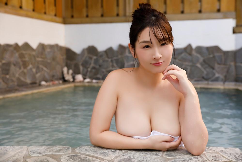 爆乳Kカップグラドル吉田実紀 (9)