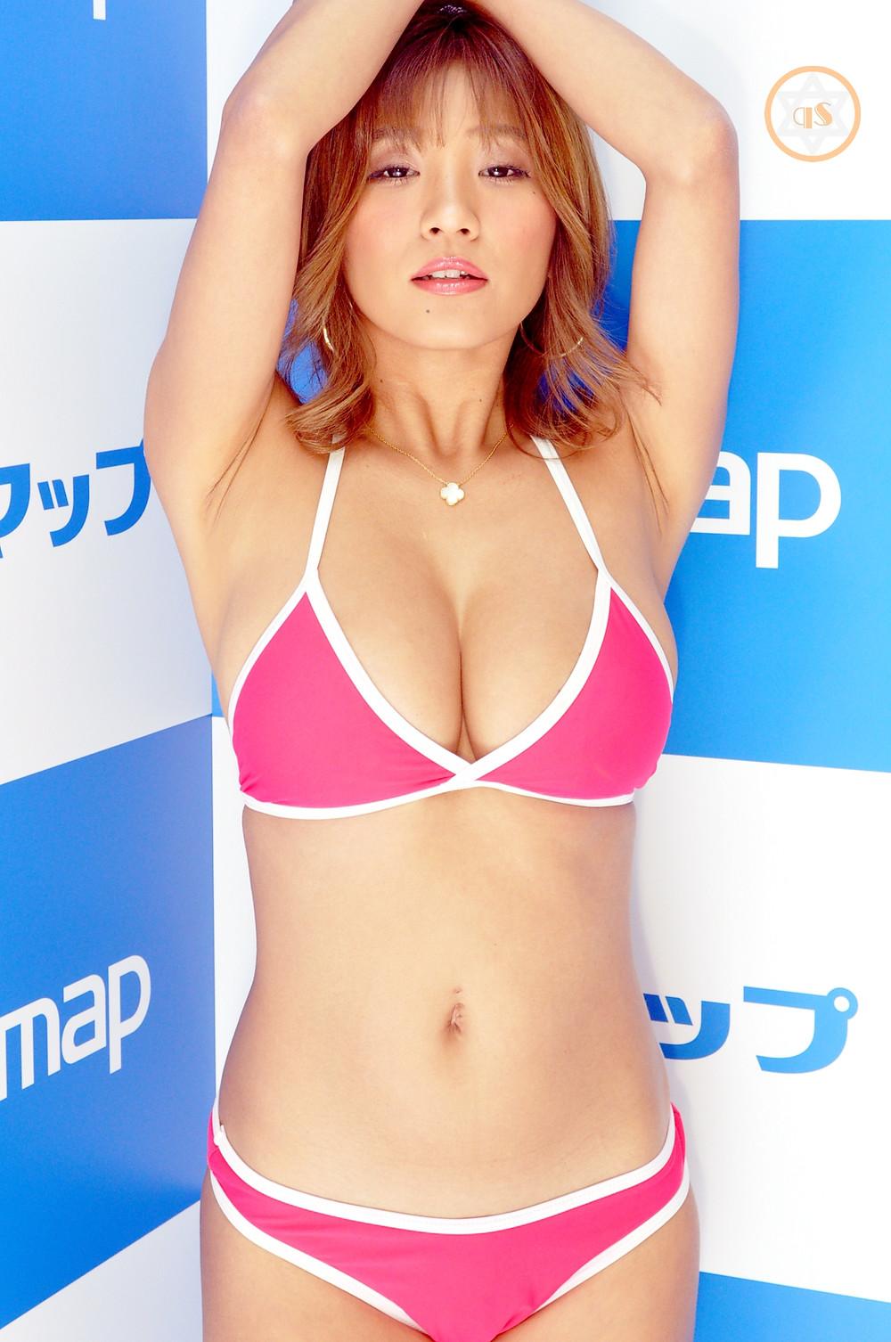 黒GAL巨乳グラビアアイドル葉月あや『あやベスト/双葉社』DVD発売記念イベント (1)