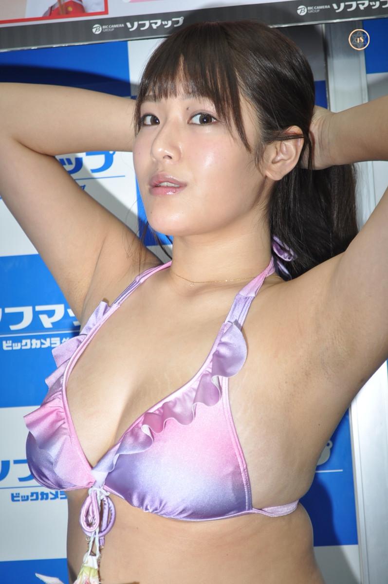 巨乳グラドル一樹伊織『センチュリオン/バグース』DVD・BD発売記念イベント (1)