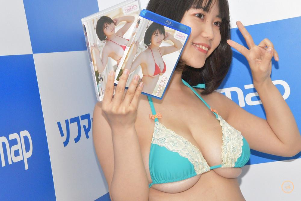 Jカップグラビアアイドル伊織いお (1)