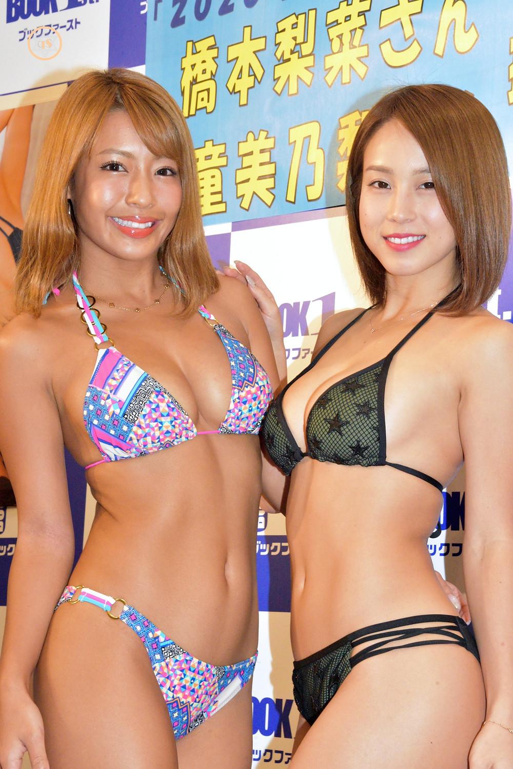 橋本梨菜・犬童美乃梨 2020年カレンダー 巨乳Gカップグラビアアイドル (1)