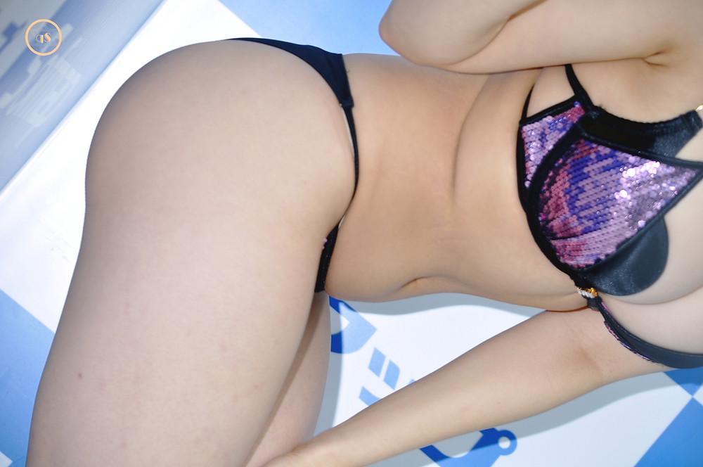 巨乳Gカップ桃尻グラドル佐々野愛美『染めて…/スパイスビジュアル』DVD発売記念イベント (13)
