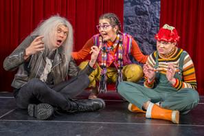Tuhat ja yksi paljastusta, Turun Nuori Teatteri, 2018