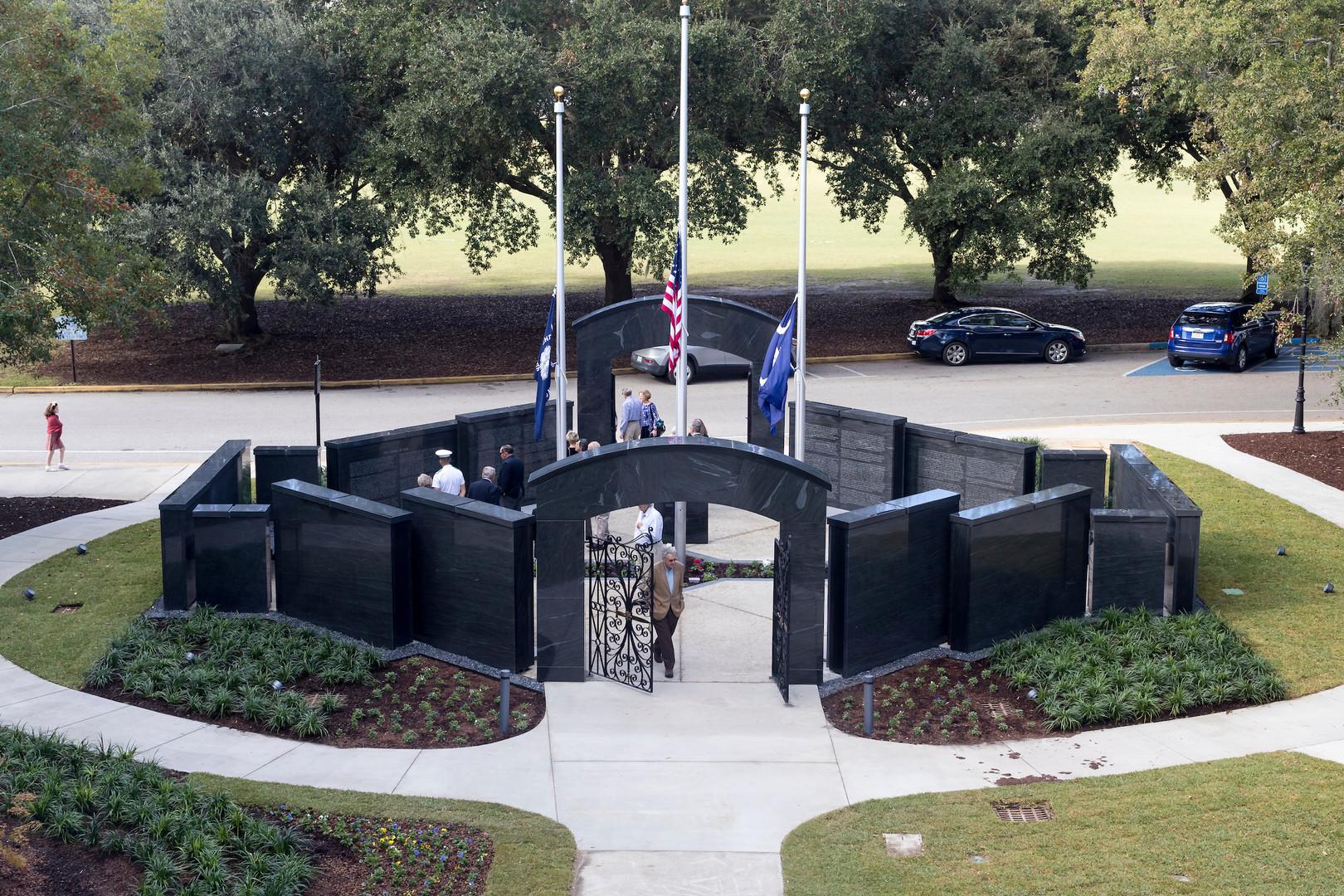 war-memorial-photo5.jpg