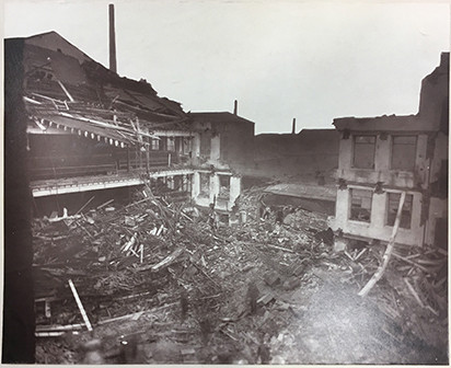 Photo of the Newlands Mill collapse, Bradford, 1882. Bradford Industrial Museum