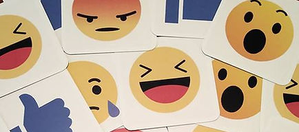 Feedback emoji. Leer dat feedback geven en ontvangen overal en altijd een hulpmiddel is voor groei en ontwikkeling. Creeër een goede aanspreekcultuur.
