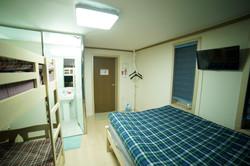 202 침대1