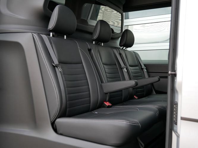 Mercedes-Benz Sprinter - 3 seats (Large)