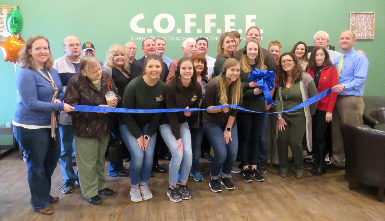 hebrewz coffeehouse ribbon cutting.jpg