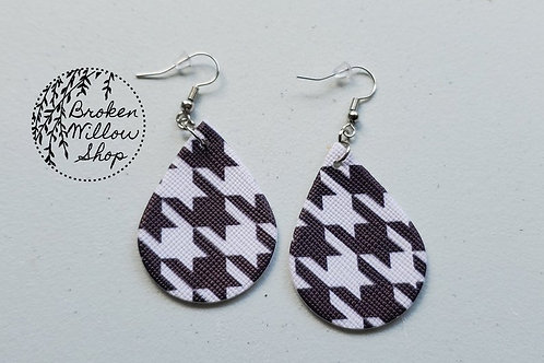 Hounds Tooth Pattern Faux Leather Teardrop Earrings