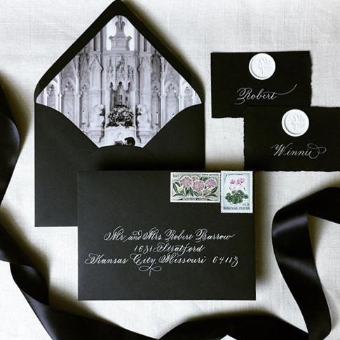Invitation suite in black and white