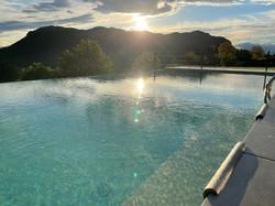 Infinity Pool Glasklar Aussicht