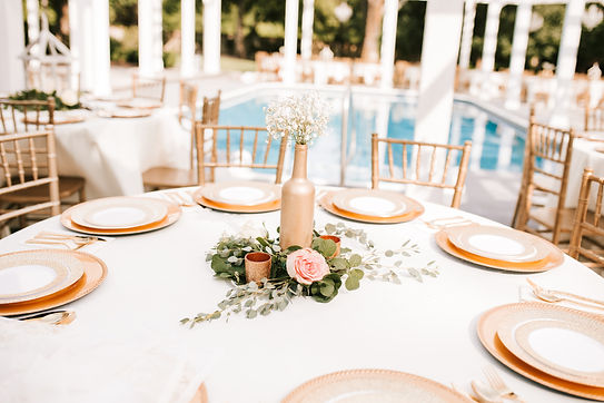 place settings, roses, greenery, wedding table scape, candles, gold