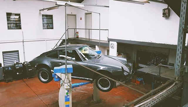 #1 Project Ongoing _ Porsche 911 1975_._