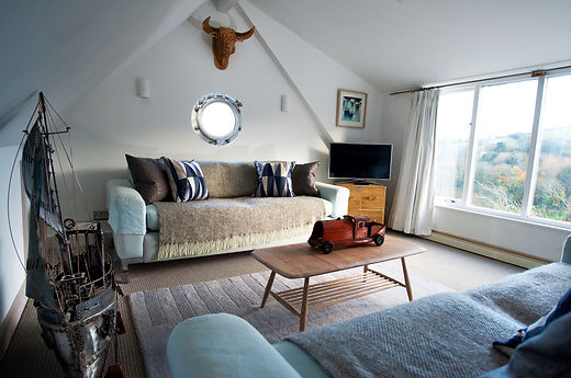 The Lounge Dartmouth-Selfcatering