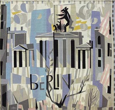 Berlin - Brandenburger Tor, Tapisserie, 272 x 290 cm -  Entwurf: Fritz Griebel  / Ausführung: Nürnberger Gobelinmanufaktur (NGM), 1955