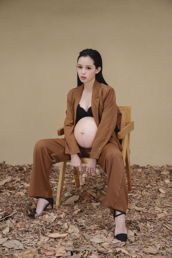 琪琪小姐孕婦寫真 艾唯
