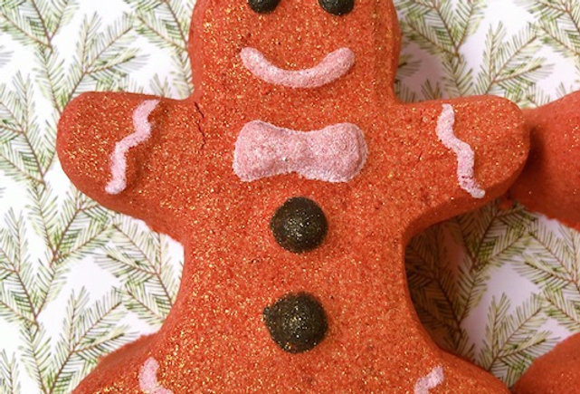 Lustre Spice Gingerbread Man Bath Bomb
