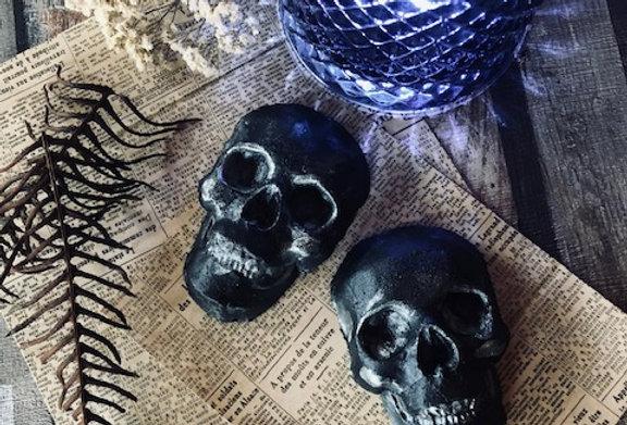 Noir Mini Skull