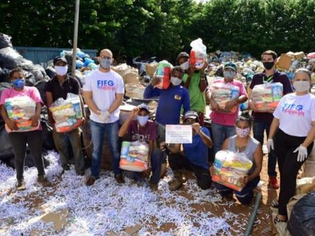 Fieg Mais Solidária doa 2,5 toneladas de materiais recicláveis e alimentos a catadores